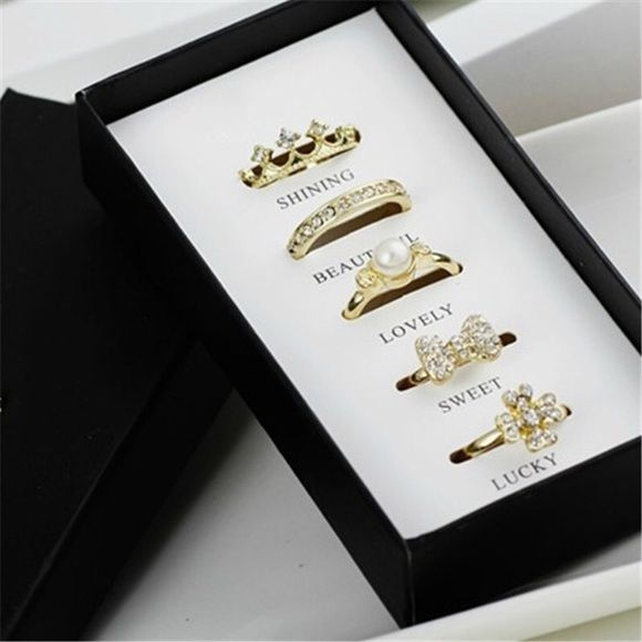 5 piece ring set Beautiful 5 piece ring set. Make me an offer Jewelry Rings