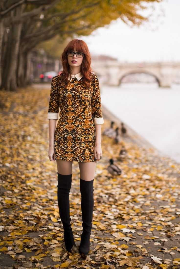 collar dress with high boots