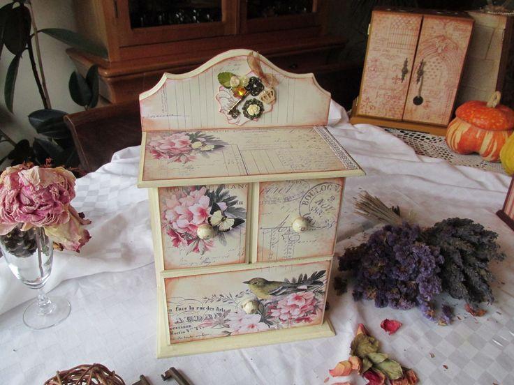 caja guarda secretos...decorada estilo vintage