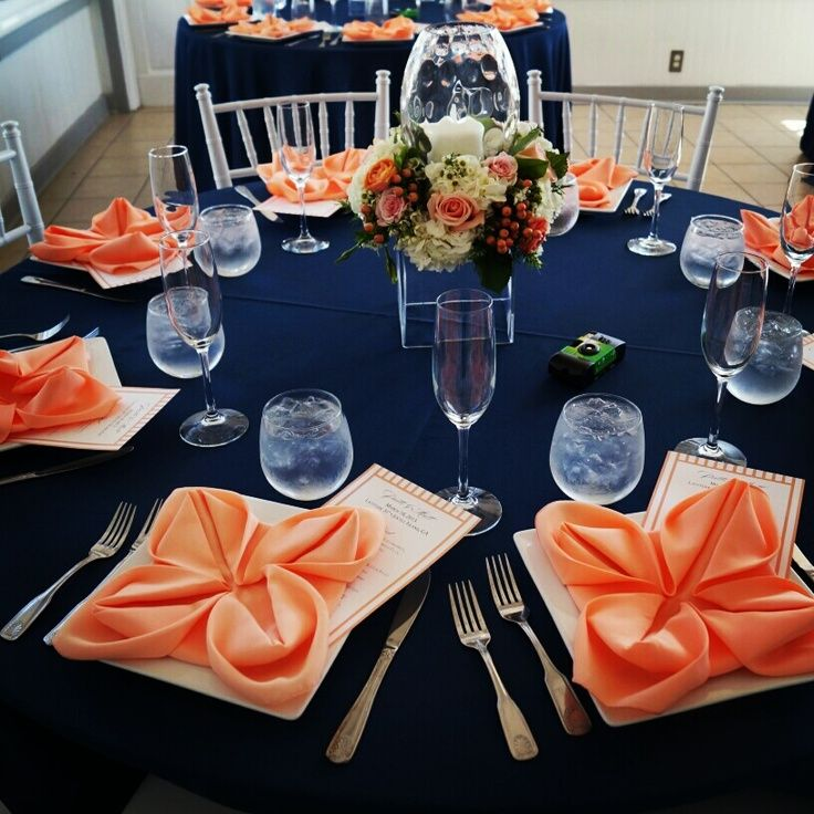 Peach and navy blue table setting - I like but it still seems more summer-y than fall.