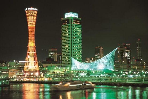夜景の美しさから、光の都と呼ばれる港町・神戸。 街あるきをしながらのショッピングやグルメスポットが充実していますが、特に摩耶 山掬…