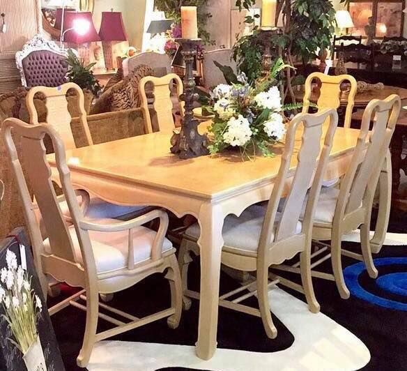 Universal Furniture Light Wood Dining Room Set Table And Six