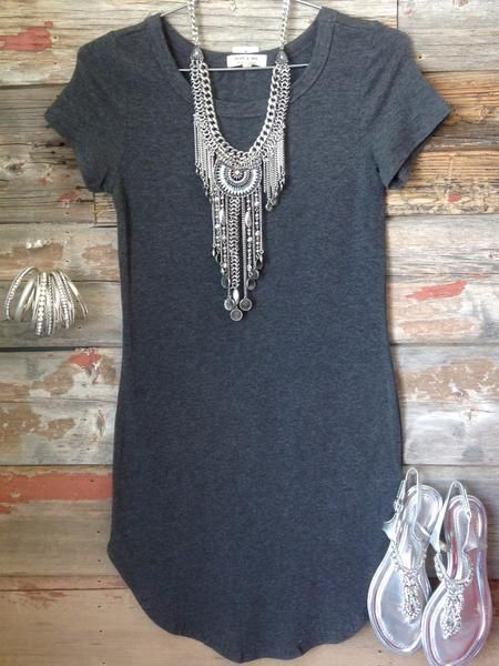 The Fun in the Sun Tunic Dress in Charcoal is comfy, fitted, and oh so fabulous! A great basic that can be dressed up or down! #funinthesun #charcoal #tunicdr