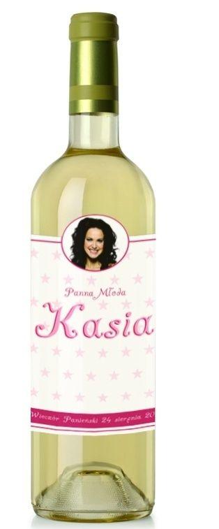 Etykieta na wino idealna na wieczór panieński