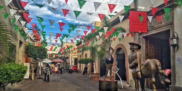 Descubre los principales atractivos que visitar en Guadalajara, así como toda la información para organizar un viaje al pueblo de Tequila.