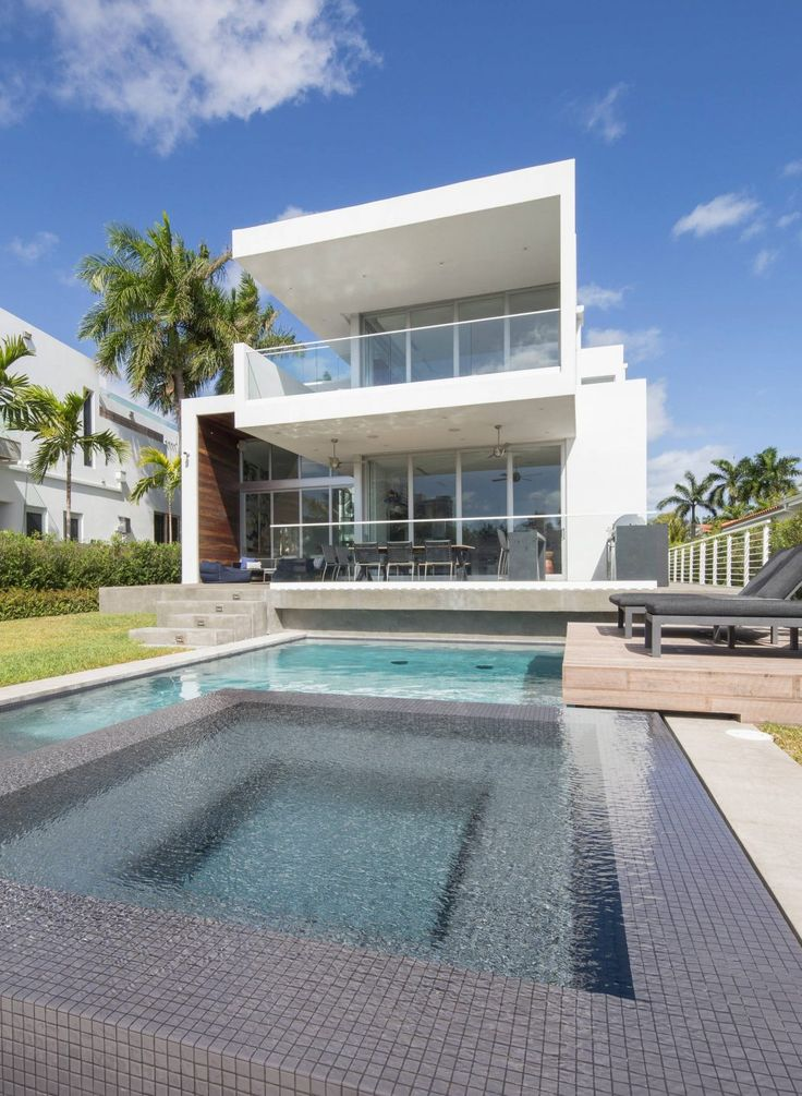 House in North Miami by SDH Studio | HomeAdore