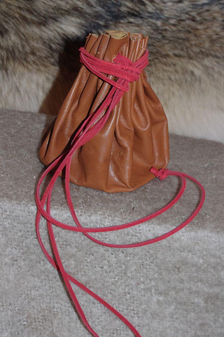 Round purse