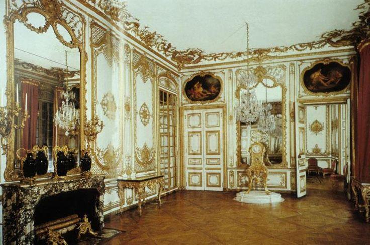 Rococo interior design louis xv rococo hotel de varengeville paris rococ - Decoration style baroque ...