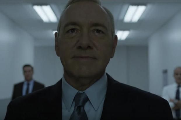 """House Of Cards"" Set To Resume Production Of Sixth & Final Season It's unclear what will happen to Kevin Spacey's Francis Underwood character. https://www.hotnewhiphop.com/house-of-cards-set-to-resume-production-of-s... http://drwong.live/article/house-of-cards-set-to-resume-production-of-sixth-and-final-season-news-40033-html/"