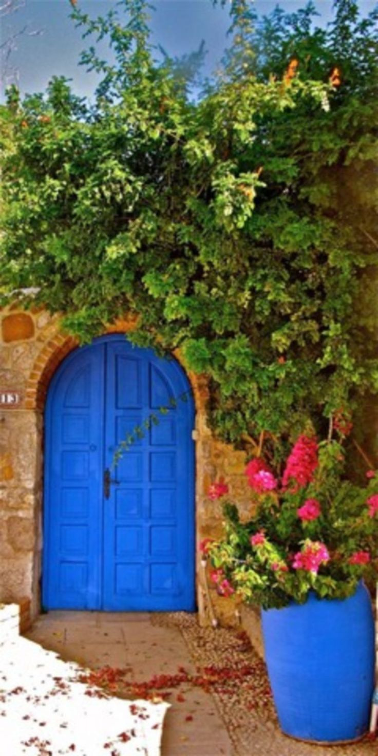 Nice 50 Painted Exterior Door Ideas with Blue Colors. More at https://trendecor.co/2017/11/17/50-painted-exterior-door-ideas-blue-colors/