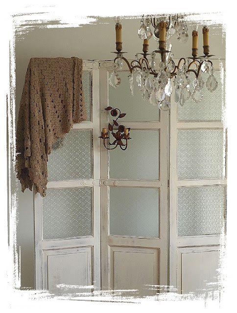 die besten 25 franz sische t r vorh nge ideen auf pinterest haust r vorh nge jute gardinen. Black Bedroom Furniture Sets. Home Design Ideas