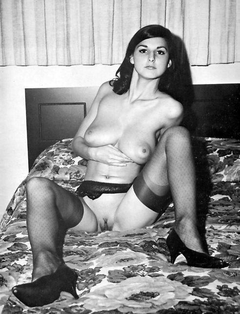 Antique Pussy 48