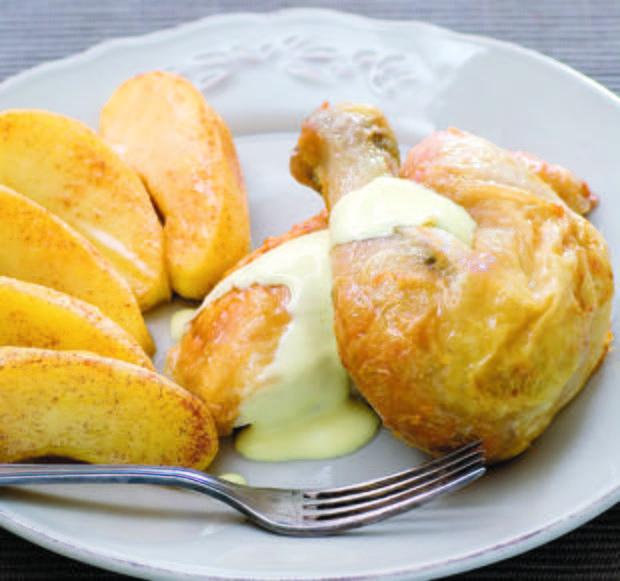 Poulet aux pommes et crème de cidreDécouvrez la recette du poulet aux pommes et crème de cidre