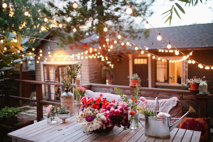 Charming Deck/patio with lights