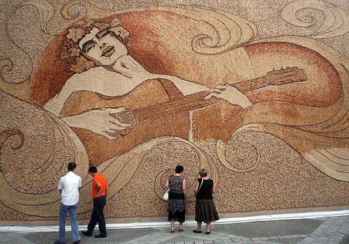 arte: murales di sughero