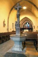 Cluses Haute-Savoie. Bénitier de style gothique flamboyant. A découvrir avec les @GuidesGPPS http://www.gpps.fr/Guides-du-Patrimoine-des-Pays-de-Savoie/Pages/Site/Visites-en-Savoie-Mont-Blanc/Faucigny/Basse-vallee-de-l-Arve/Cluses