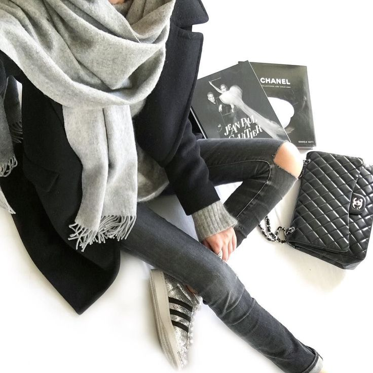 • classic outfit •  grey scarf black coat