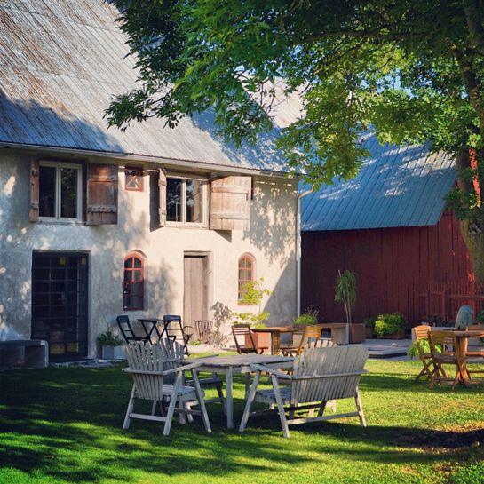 Skulpturfabriken café, Boge, Gotland – Gotlandstips.se  #gotland #gotlandstips #sweden #sculpture #ceramics #shop&café #betongkonst #art