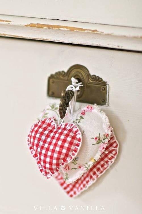 Rom nticos colgadores para puertas de casa y armarios for Colgadores de pared