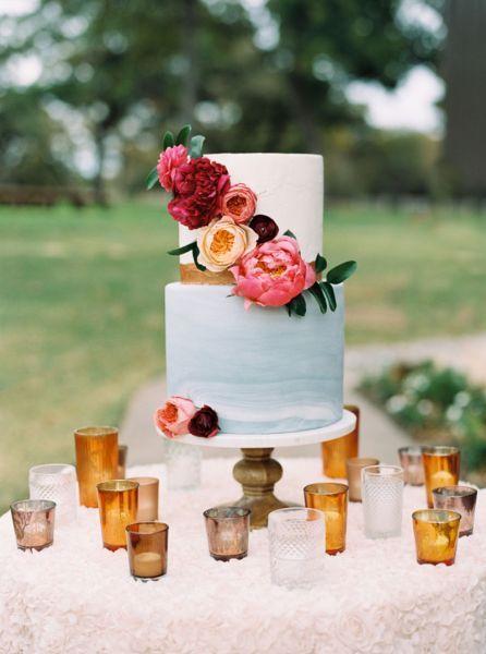 Tartas de boda con flores. Credits: Apryl Ann Photography