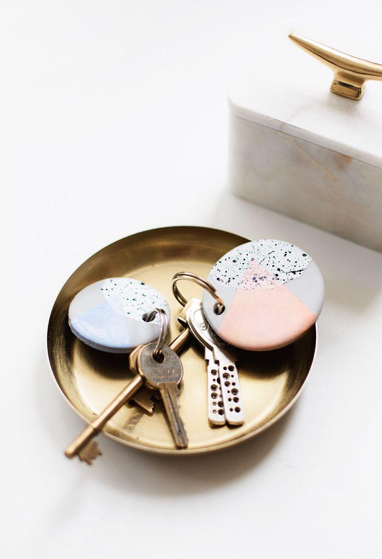 Her er 6 kreative DIY gaveideer du nemt kan gå i gang med. Så mangler du en gave til den næste fest, hvorfor så ikke lave den selv?