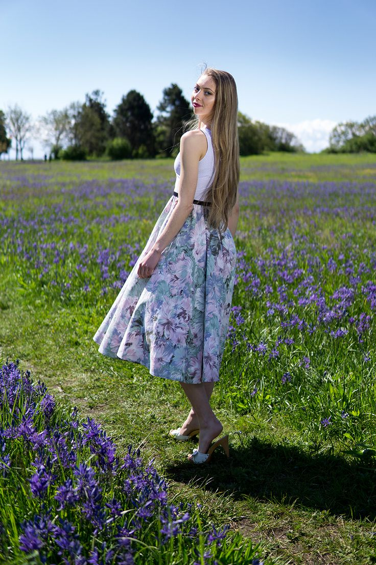 Photoshoot with Geneva with clothing from Ola Dubois
