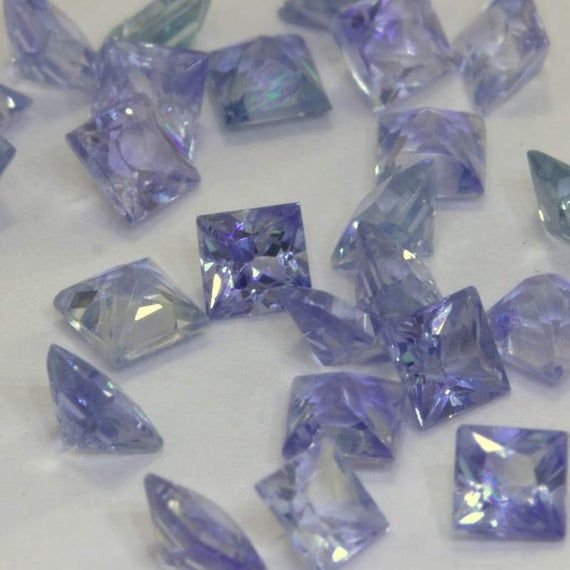 One Light Blue Ceylon Sapphire 2 5 Mm Faceted Princess Square Average 12 Carat V 2020 G