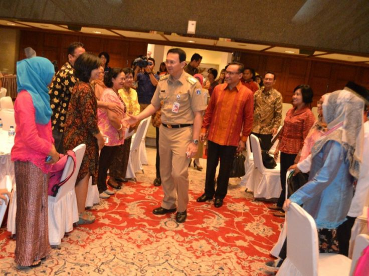 Gubernur DKI Jakarta, Basuki Tjahaja Purnama memasuki Balai Agung