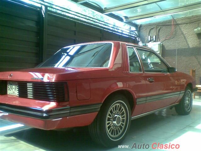 Ford MUSTANG Hardtop 1982