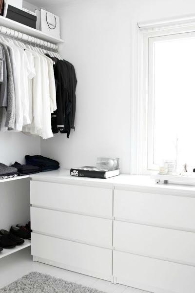 Si sueñas con un vestidor, te damos algunos ejemplos para que el precio no sea un impedimento.
