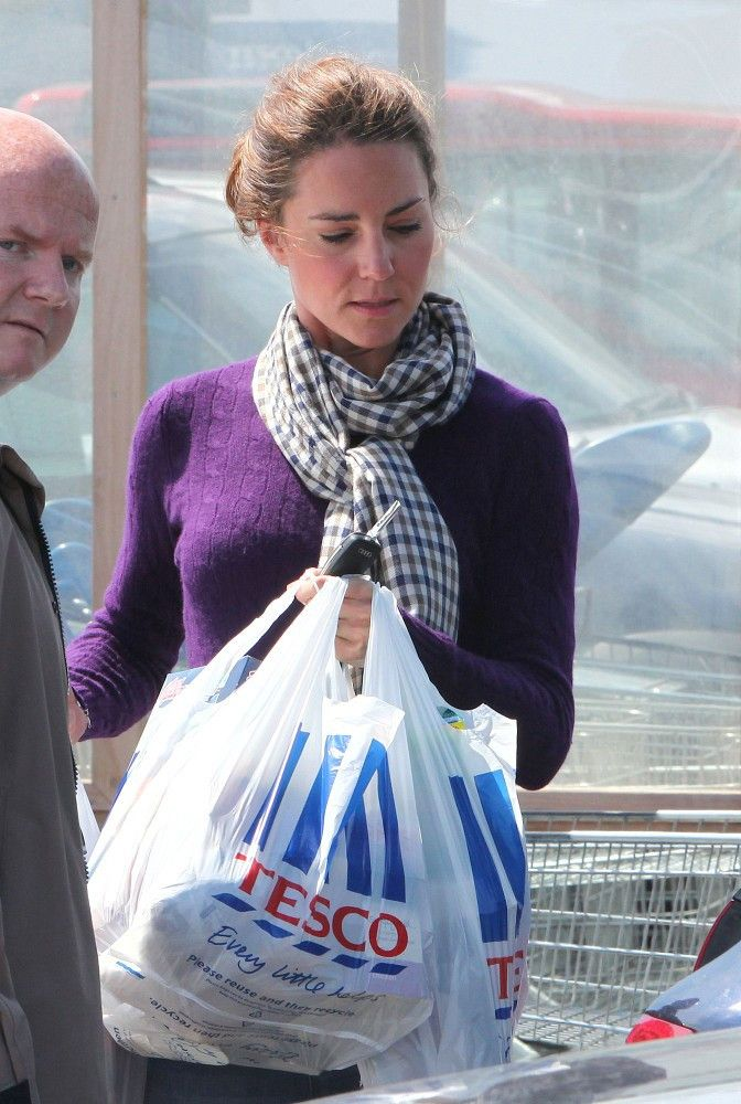 Kate Middleton Photos: Kate Middleton at Tesco Supermarket We LOVE to Pin the Latest Photos on Pinterest!  Please help us by visiting:  http://TexasTrim.net to see our Deeply Discounted Heels and Accessories! Delivered right to your door!  http://PinterestBob.com