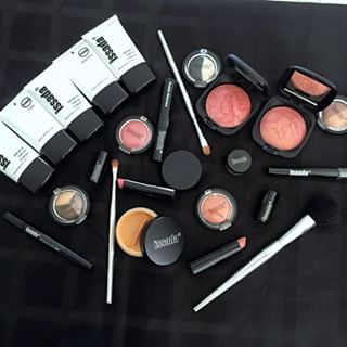 The Beauty Spot QLD uses quality Issada products to suit your colours and shades | thebeautyspotqld.com.au