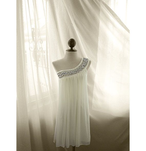Great Gatsby Elven White Grecian Lord of the Rings Egyptian Fae Bohemian Greek Goddess Alice Wonderland Toga Prom Dress Flowy Ethereal Gown