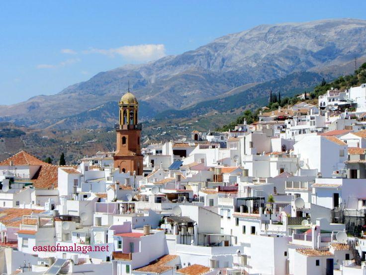 Andalucía/Spain. - Cómpeta, Málaga, situado en la comarca de la Axarquía. La…