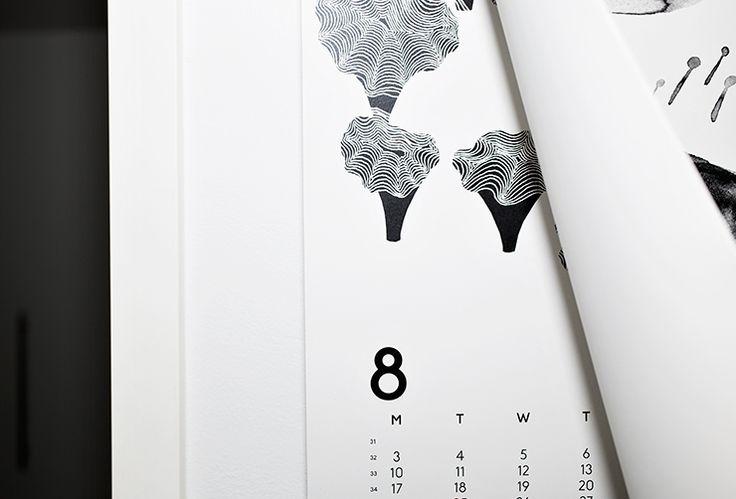 Calendar 15 in MUUTAMA HETKI. 'Silent Distractions' by Teija Vartiainen.