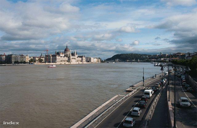 #Budapestflood #inprogress