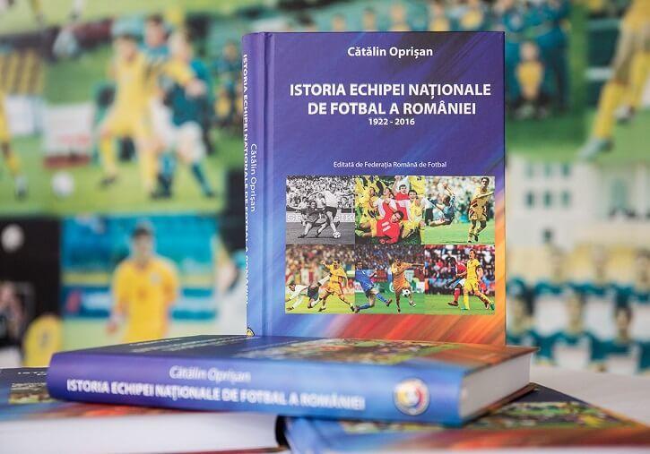 """Federația Română de Fotbal a lansat astăzi, 1 septembrie 2016, """"Istoria Echipei Naționale de Fotbal a României"""", o lucrare amplă ce reunește cele aproape 700..."""