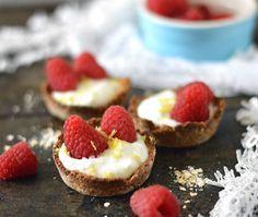 Havermoutbakjes met Griekse yoghurt en fruit. Een heerlijk én gezond ontbijt…