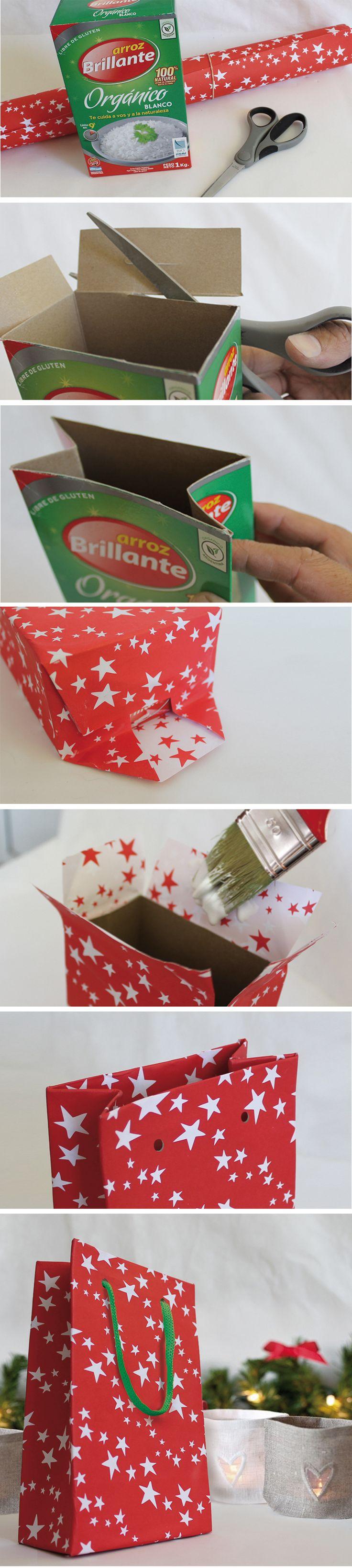 Bolsas Navideñas de cartón hechas con cajas de arroz., Reciclaje