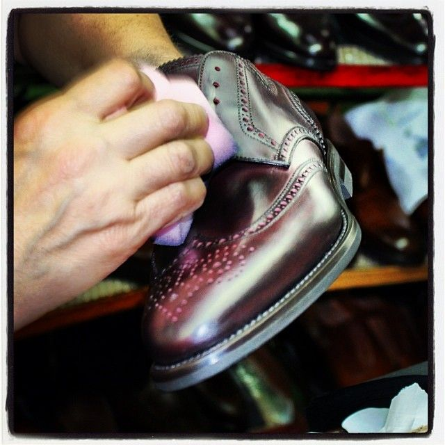 #shoes production #workinprogress #working #franceschetti #luxury #franceschettishoes #scarpe #fashion #fashionblogger #shoeslover #men #menswear #menstyle #mensfashionblog #style #moda #handmade #handcrafted #madeinitaly #craftmanship #igersmarche #igers #picoftheday #milan #paris #newyork #berlin #moscow #london #tokyo