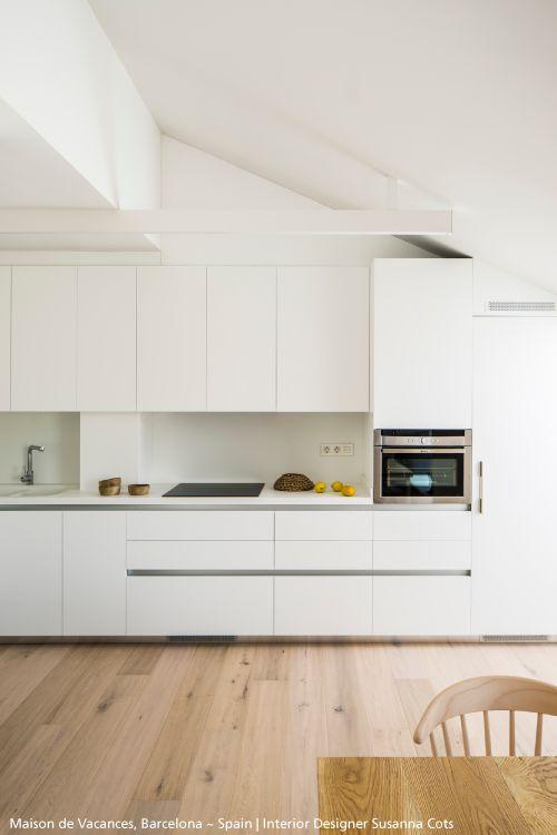 You are looking for an effective light with a clean design? Discover this amazing luminaire : #Algoritmo  #design Carlotta de Bevilacqua & Paola Monaco di Arianello - design studio