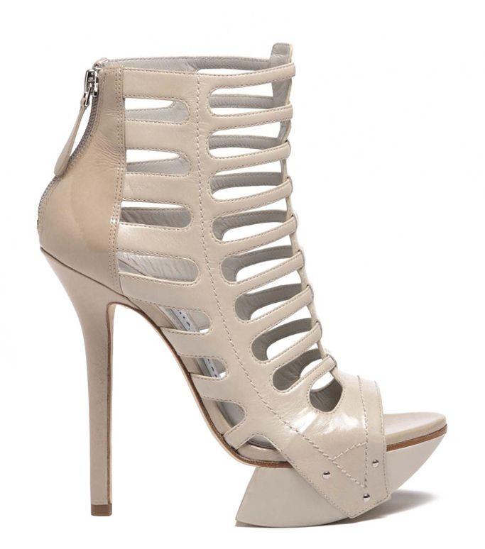 Модная обувь осень- зима 2012 2013 года: туфли на шпильке