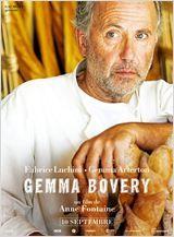 Gemma Bovery avec F. Luchini. Martin est un ex-bobo parisien reconverti en boulanger d'un village. De ses ambitions de jeunesse, il lui reste une passion pour la grande littérature, celle de Gustave Flaubert en particulier. On devine son émoi lorsqu'un couple d'Anglais, aux noms étrangement familiers, viennent s'installer dans une fermette du voisinage. les nouveaux venus s'appellent Gemma et Charles Bovery, mais encore leurs comportements semblent être inspirés par les héros de Flaubert
