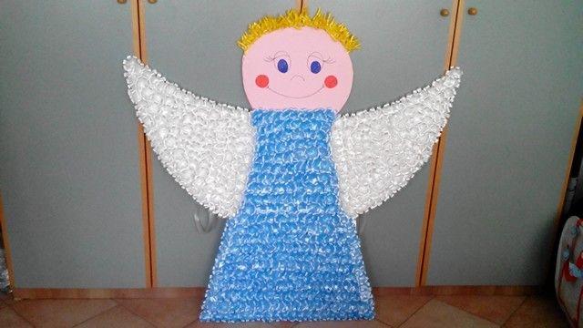 Un lavoro di 1,20mt (compresi i capelli) x 1,20mt (apertura alare), tutto eseguito dalla mia nipotina Valentina!!!