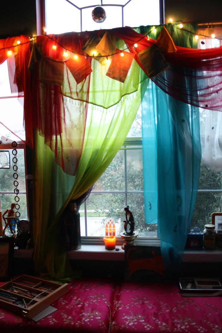 Boho window curtains - 17 Best Ideas About Boho Curtains On Pinterest Bohemian Curtains Hippie Curtains And Scrap Fabric Curtains
