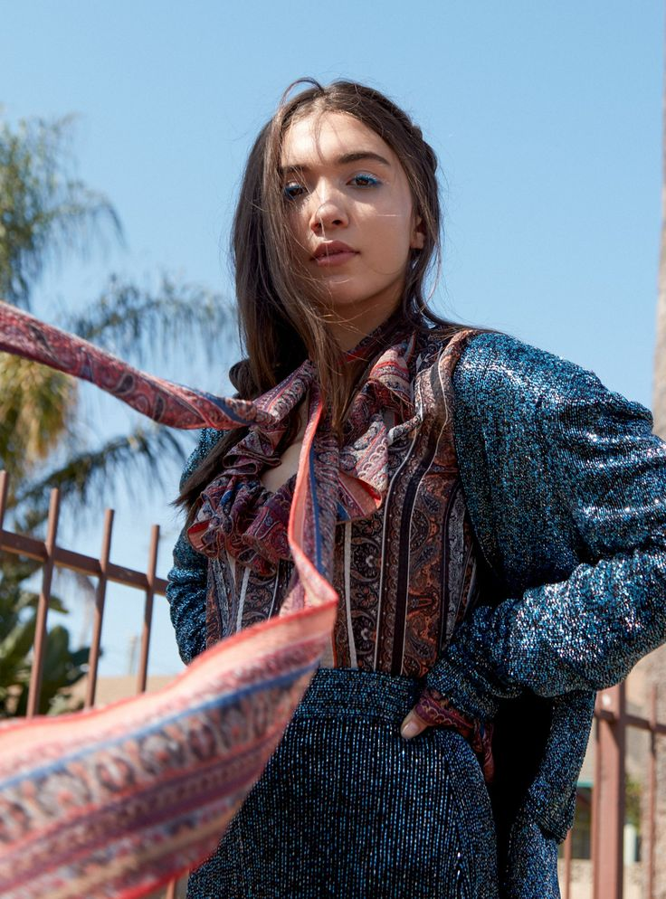 rowan blanchard girl meets world Following news that girl meets world would not be returning for a fourth season, series star rowan blanchard shared a heartfelt message to the show's fans on her twitter and instagram accounts blanchard, who played the titular girl, thanked series creator michael jacobs for bringing together girl meets.