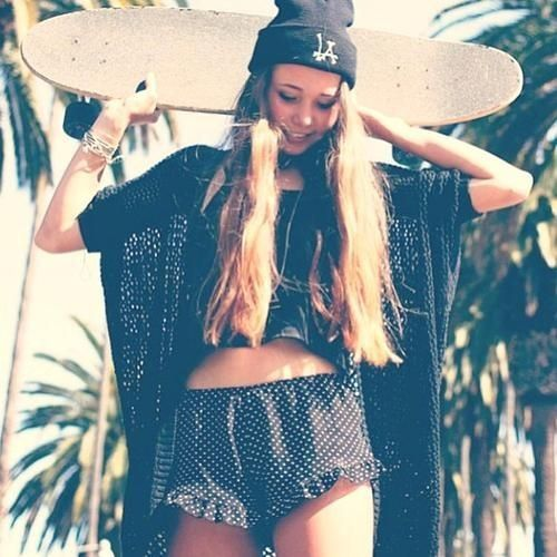 Fashion Women Fashion: Skater Girl Fashion Style :)