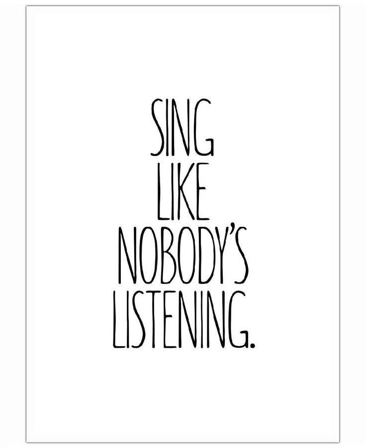 Sing VON JUNIQE now on JUNIQE!
