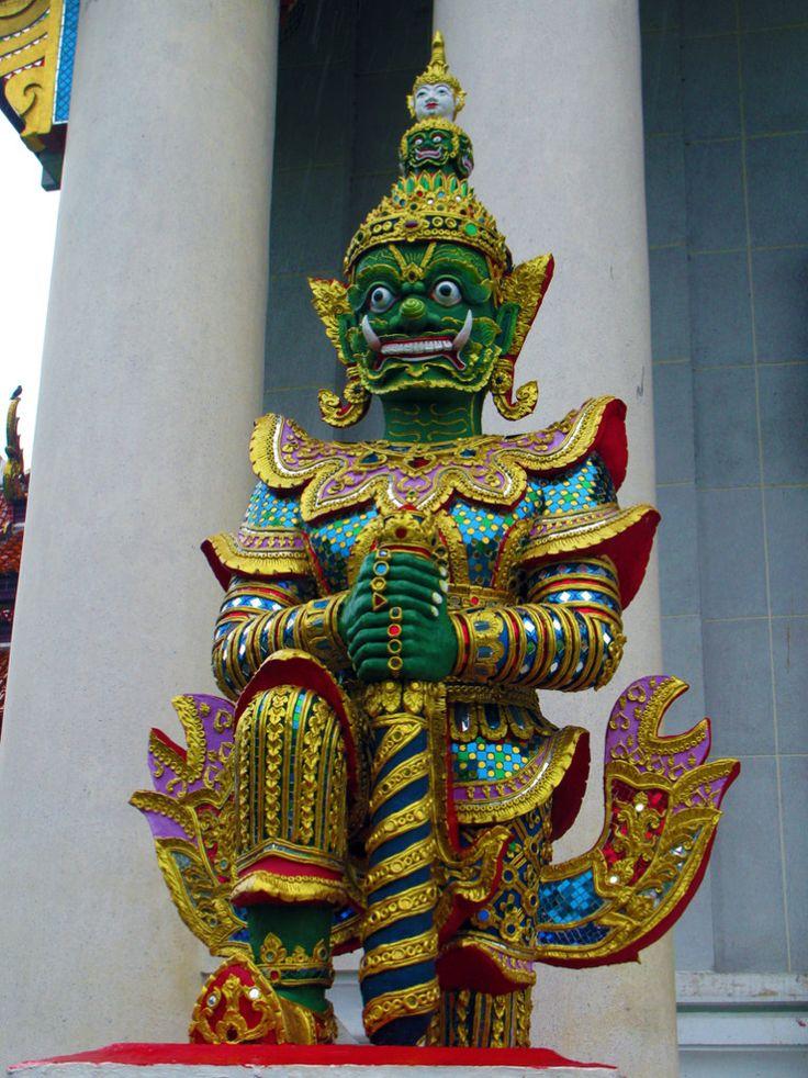 #MyWayOnHighway: Day 61, The #Thai Buddha statue in Bodhgaya India #travel
