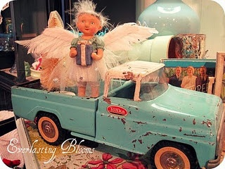 Love the vintage blue truck